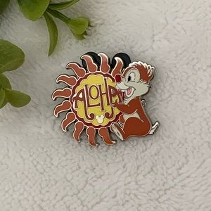 Disney Dale Aloha Hidden Mickey Trading Pin Flair